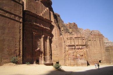 Klippstaden Petra & Wadi Rum (Mövenpick Resort)